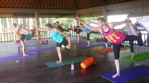 Bali Yoga Retreat - Class Meditating